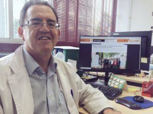 José Antonio García, profesor del IES Avempace responsable de la Wikimpace, la Wikipedia del Avempace.