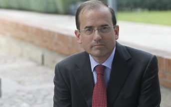 Entrevista a Alfonso Aguiló, presidente de la Confederación Española de Centros de Enseñanza, ante la celebración de su 46º congreso nacional. (Foto: Rubén Mondelo)