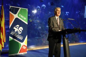 José Manuel Pichel, delegado de la ONCE en la Comunidad Valenciana, en el 46º Congreso de CECE, al recoger el reconocimiento de CECE a ILUNION por su labor social por la inclusión laboral de las personas con discapacidad. (Foto: Sergio Cardeña)