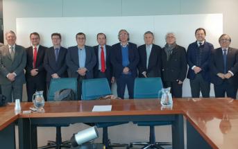 El presidente de CECE, Alfonso Aguiló, junto al Consejero de Educación de Baleares, Martí March (en el centro) y al resto de miembros del Comité Ejecutivo de CECE.