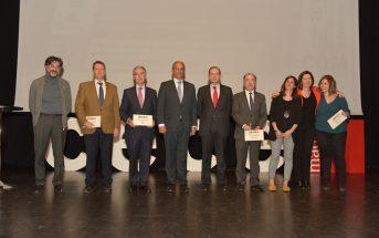 El consejero de Educación de la Comunidad de Madrid, Rafael Van Grieken, y el presidente de CECE, Alfonso Aguiló, junto a los representantes de los colegios Kolbe, Zola, Aldovea y Eurovillas, que obtuvieron el reconocimiento de CECE Madrid en 2019.