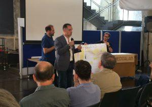 Los moderadores de cada mesa de discusión presentaron las conclusiones al término de la sesión.