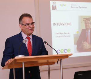 Santiago García intervino en representación de CECE, la patronal de centros educativos que ha convocado el Premio Gonzalo Santamaría de Radio Escolar para todos los centros educativos de España.