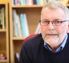 Graham Powell: «Necesitamos un consenso internacional sobre educación para el futuro»