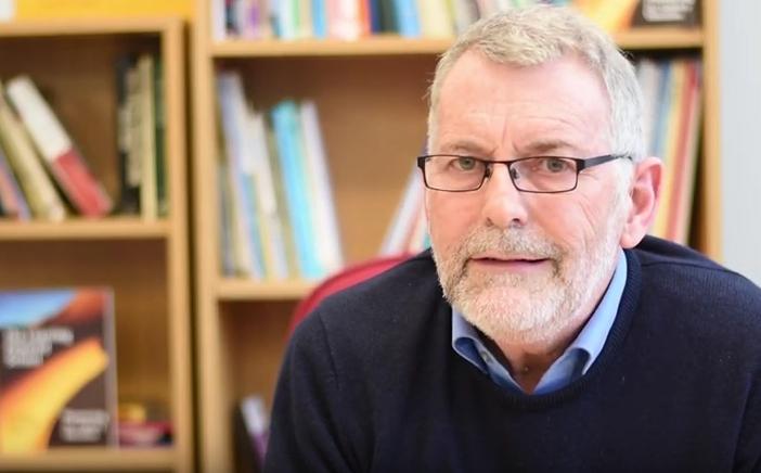 Graham Powell es un reconocido investigador británico que promueve la transformación de las escuelas potenciando el desarrollo de habilidades cognitivas necesarias para el futuro.