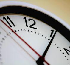 El acuerdo entre patronales y sindicatos de concertada unifica criterios para cumplir el decreto de registro horario