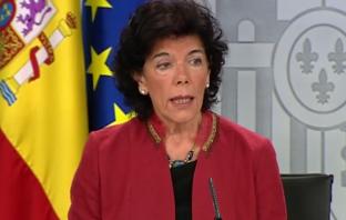 La ministra de Educación y FP en funciones, Isabel Celaá, niega que la Constitución ampare el derecho a elegir colegio.