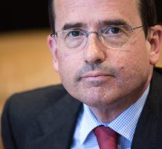 Alfonso Aguiló: «La educación necesita atender problemas reales, no banderas ideológicas»