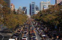 La manifestación en coches de Madrid, entre Cibeles y Cuzco, fue sólo una de las 35 que se celebraron en toda España contra la LOMLOE el 22-N.