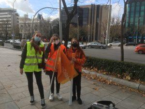 Tres alumnas del Colegio Senara de Madrid, en la manifestación contra la 'Ley Celaá' del 20 de diciembre.