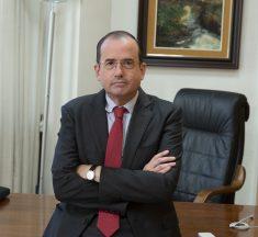 """Alfonso Aguiló: """"La solución para mejorar la equidad no es convertirse en un gran regulador repartidor de alumnos"""""""