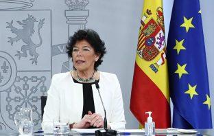 La ministra de Educación y FP, Isabel Celáa, durante su comparencia para presentar las medidas para educación del Plan de Recuperación.