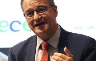 """El secretario general de CECE, Santiago García, analiza el """"ambicioso"""" anteproyecto de ley de FP, los profundos cambios que conlleva en el sistema y sus conexiones con Europa."""