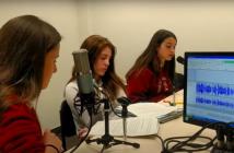 Las alumnas de Onda Da Vinci, del Colegio Leonardo da Vinci de Moralzarzal (Madrid), ganadoras del Premio Gonzalo Estefanía de 2021 en la categoría B.