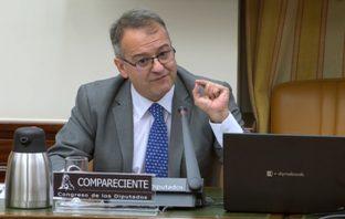 El secretario general de CECE, Santiago García, durante su intervención en la Comisión de Educación y FP del Congreso de los Diputados el 30 de junio.
