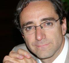 Javier M. Valle: «Por fin una ley asume el enfoque competencial, aunque sin romper el esquema de materias y disciplinas»